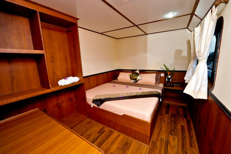 White Manta Thailand Liveaboard Top Deck VIP Ensuite Cabin