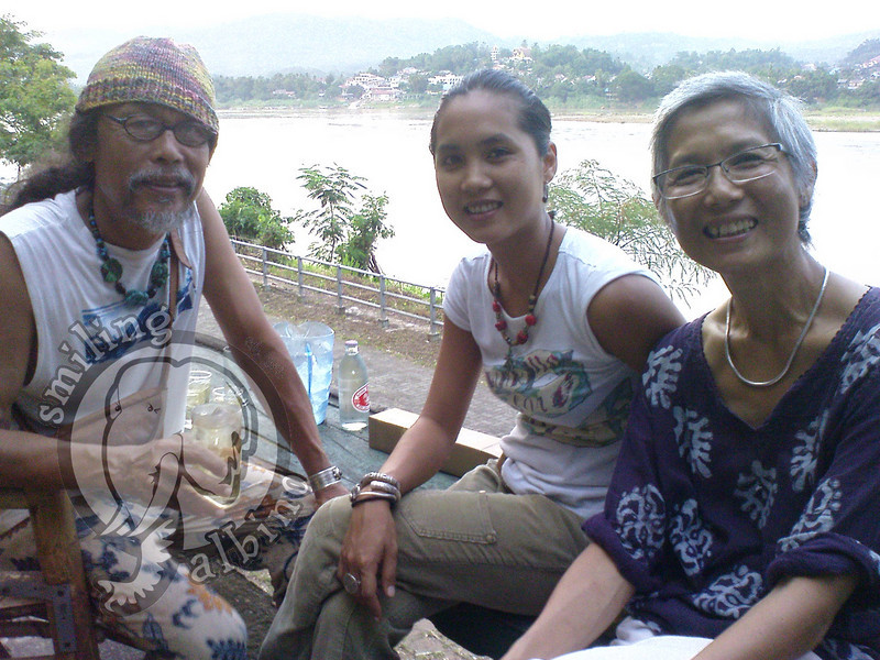 Khun Jib, Mim & Khun Dow Saweepatts, the owners of Bamboo Riverside Guesthouse on our final visit together before they move.