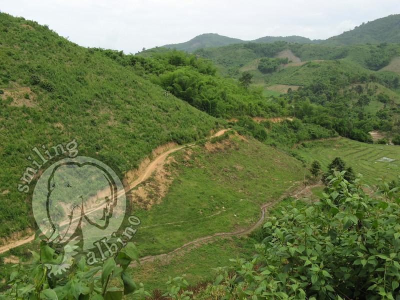 The road from Mae Salak to Chiang Rai along the Mae Kok River.