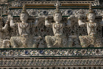 Embellishment carvings at Wat Arun