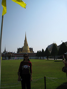 Tourist getting ready to go into the Grand Palace/Wat Phra Kaew