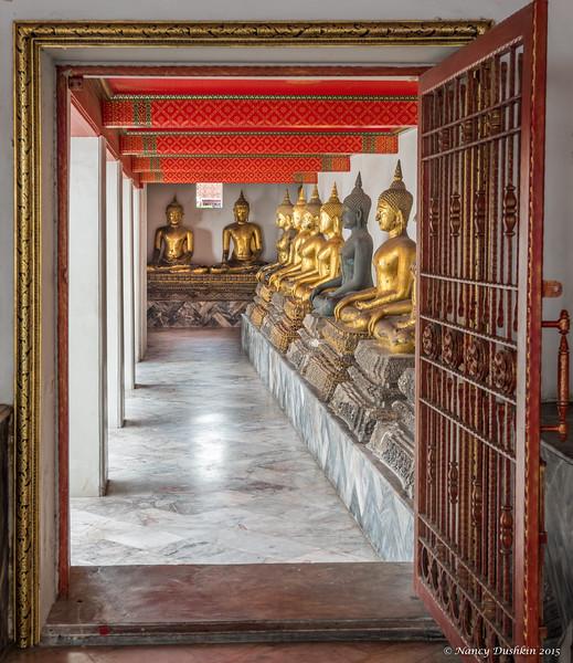 Column of Buddhas