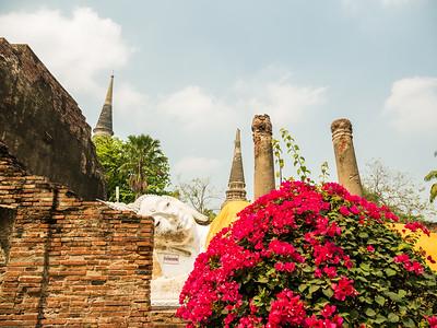 Wat Yai Chaya Mongkol