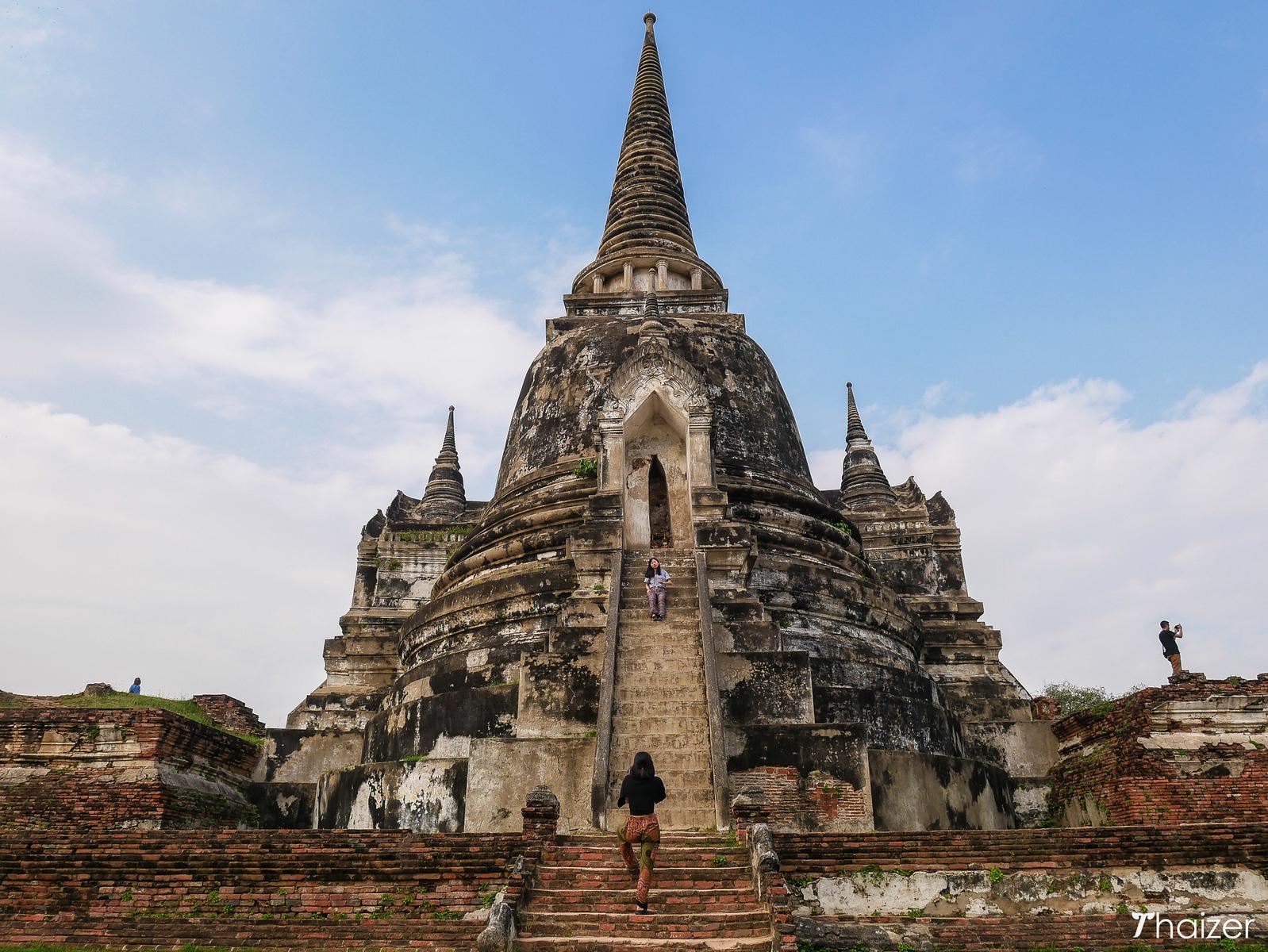 temple ruins at Wat Phra Si Sanphet, Ayutthaya