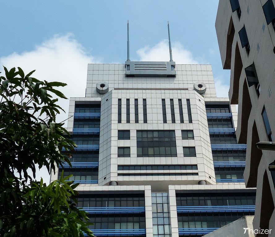 Bangkok's robot building