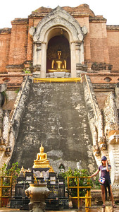 Por & a bunch of Buddha--Wat Chedi Luang - Chiang Mai, Thailand