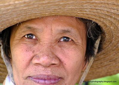First walk in Chiang Rai pt 2 - December 2009