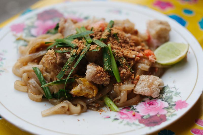 Fantastic pad thai in Petchaburi