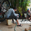 While I rested in Mae Sot, Yann, Yun and Toon took apart our bicycles!