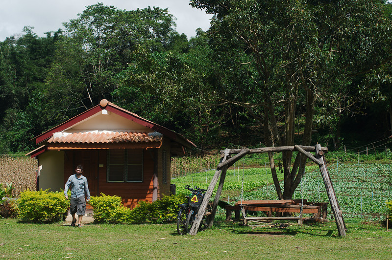 After three days of rest in our Doi Muser bungalow we were ready to ride to Mae Sot