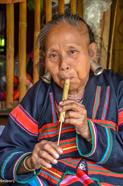 Lady playing flute