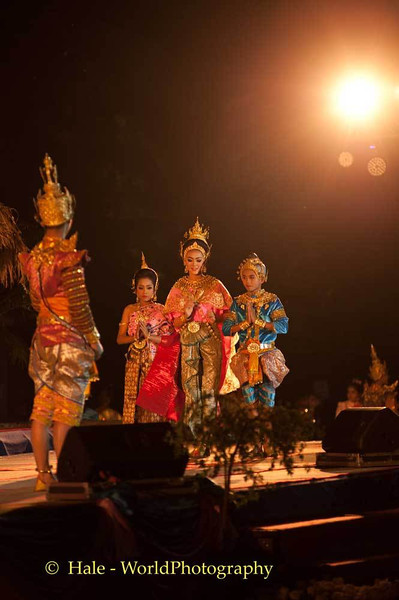 Bun Phawet Jataka Performance