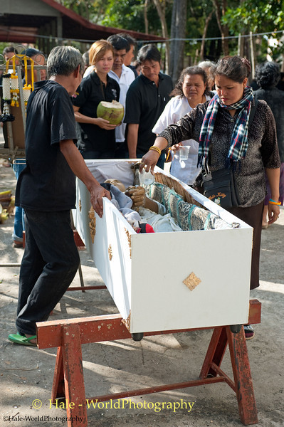 Final Good-Byes Are Made Prior to Cremation