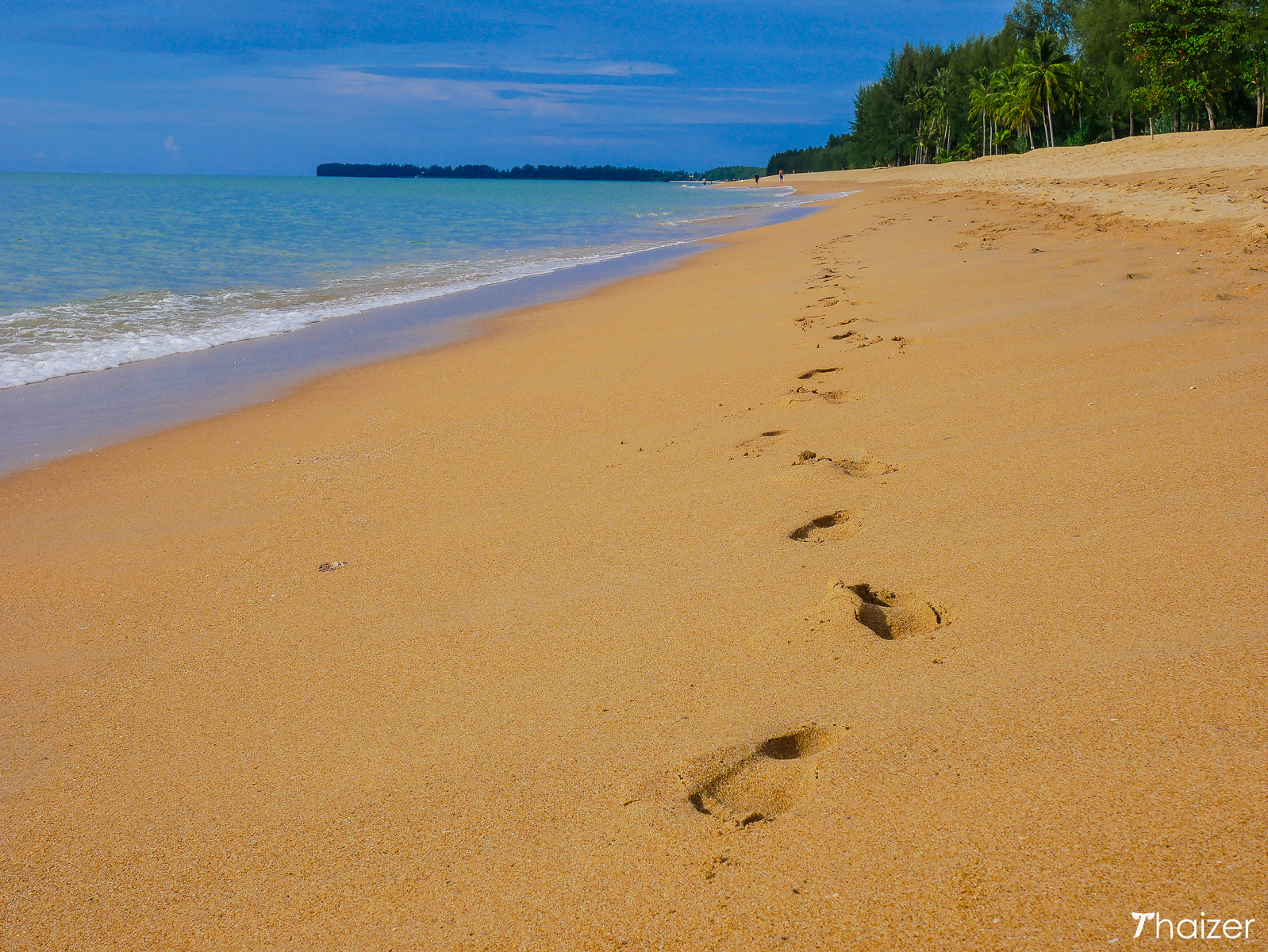 footprints in the sand, Khao Lak