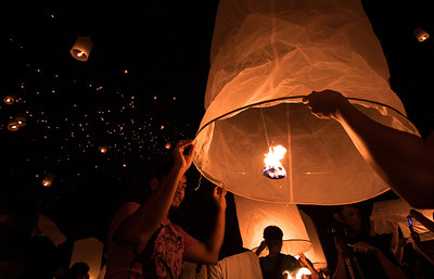 Waiting to release the Khom Loy lantern during Yee Peng festival in Chiang Mai, Thailand.