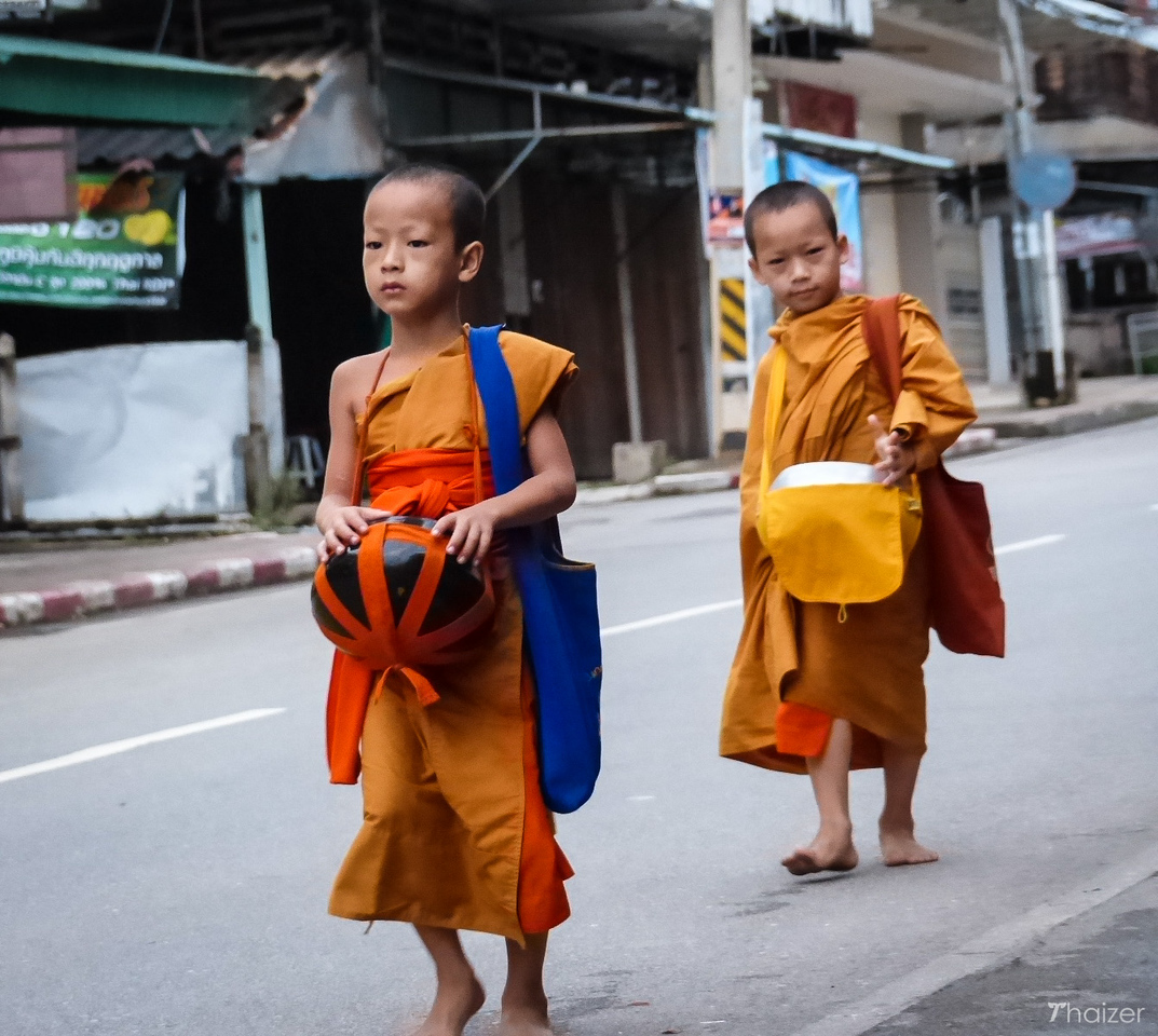 novice monks, Mae Hong Son