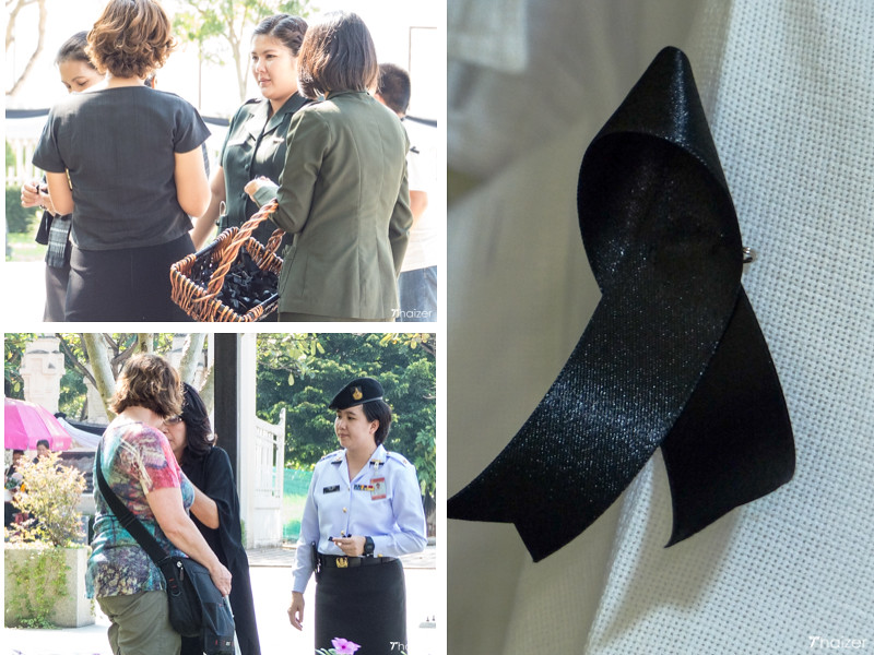 black ribbons in Thailand to mourn the King