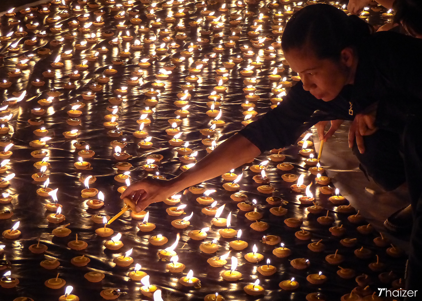 candlelit ceremony in Chiang Mai for the King