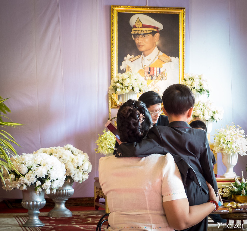 paying respects to the King of Thailand