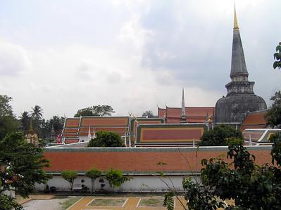 Wat Phra Mahathat วัดพระมหาธาตุวรมหาวิหาร - December 2006
