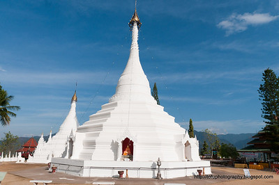 Wat Phra That Doi Kong Mu pt 1 - June 2010