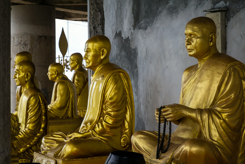 Golden statues of Thai Buddhist Monks