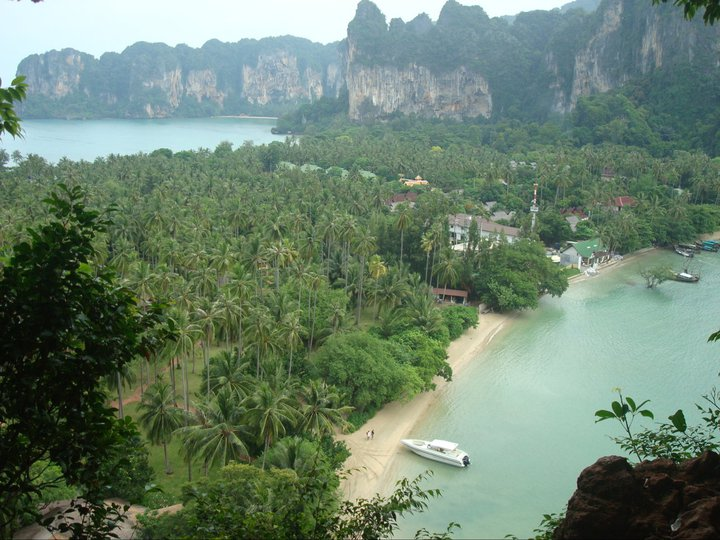 Viewpoint showing Railay Bay East and West [photo credit: Sapphira Beaudin]