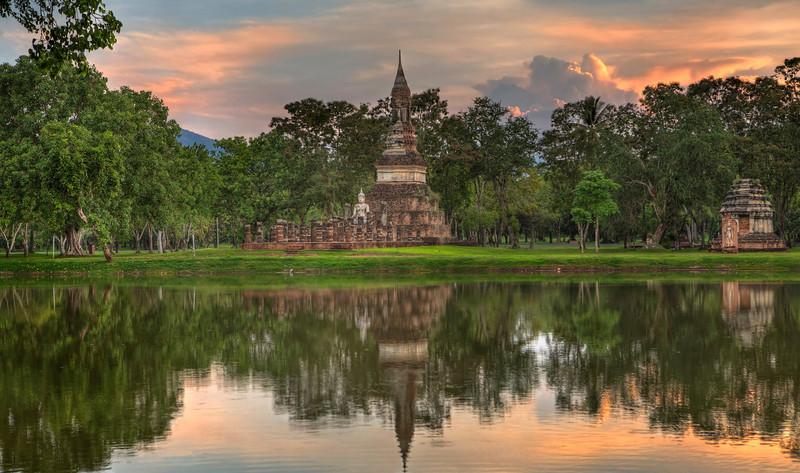 Buddha by the Lake. Sukhotai. Thailand
