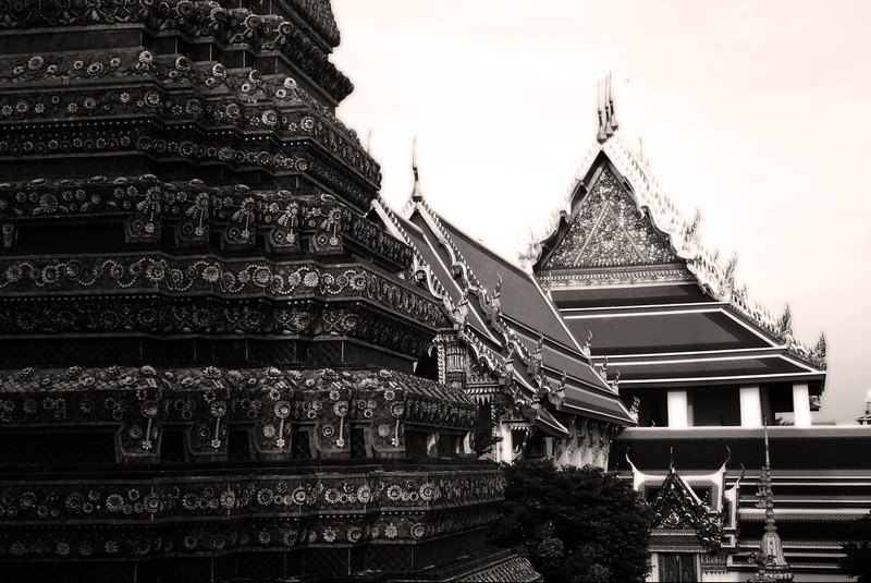 Temples of the Wat Pho (วัดโพธิ์), Phra Nakhon district, Bangkok, Thailand