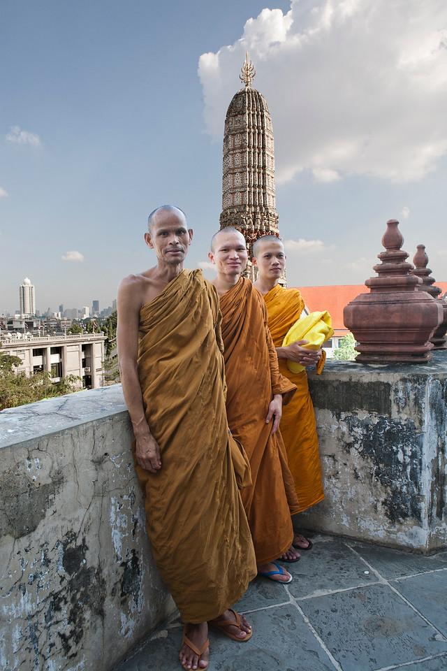 """Thai Monks at Watt Arun 8"""" X 13"""""""