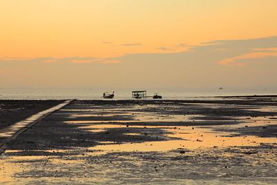 Sunrise at Het Rai Leh East