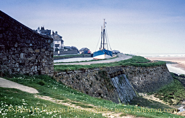 Bude Canal, Cornwall - April 02, 1981