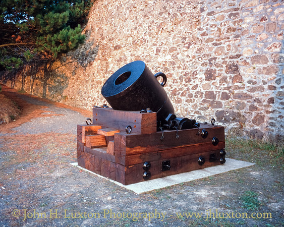 Harvey's of Hayle 1856 Crimean War Siege Mortar - Hayle - Cornwall - 1995