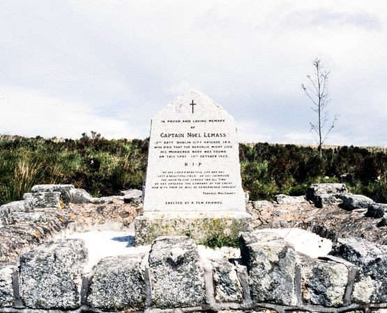 Captain Noel Lemass Memorial, Featherbed Mountain, Glenchree, Eire - June 04, 1999