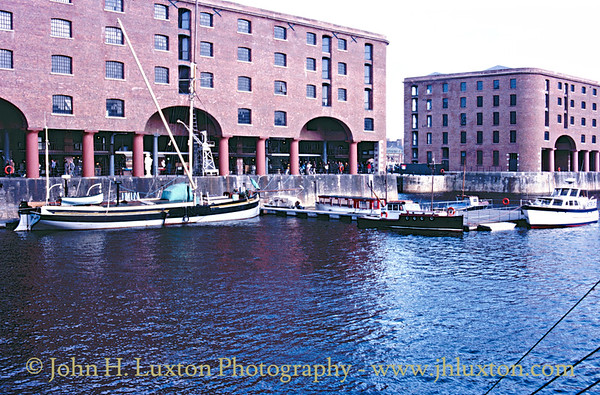 Albert Dock - March 22, 1987