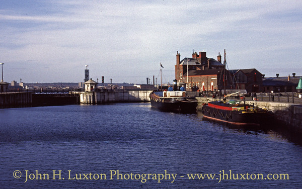 Canning Half Tide Dock - January 29, 1989