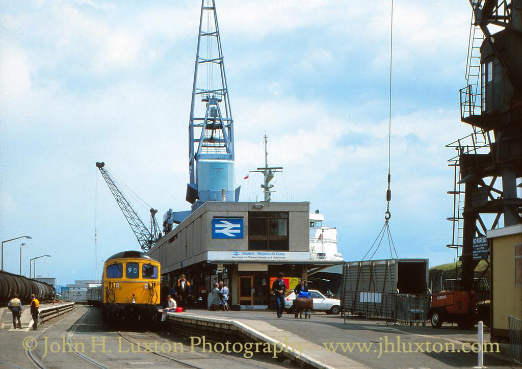 The Weymouth Quay Tramway