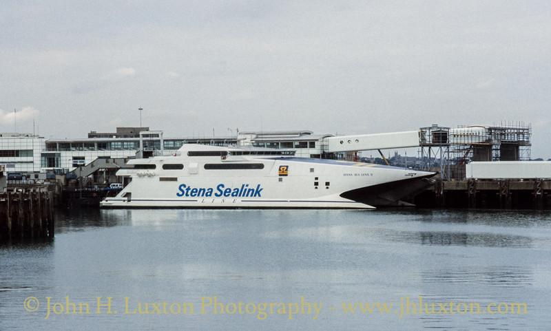 STENA SEA LYNX II at Dún Laoghaire - August 1995