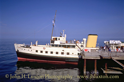 MV BALMORAL at Llandudno Pier - May 1995