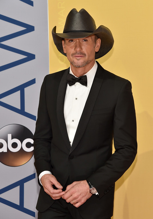 . Tim McGraw arrives at the 50th annual CMA Awards at the Bridgestone Arena on Wednesday, Nov. 2, 2016, in Nashville, Tenn. (Photo by Evan Agostini/Invision/AP)