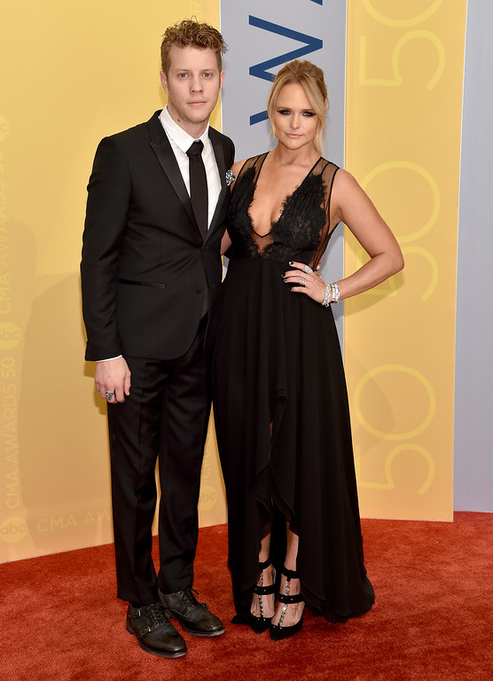 . Anderson East, left, and Miranda Lambert arrive at the 50th annual CMA Awards at the Bridgestone Arena on Wednesday, Nov. 2, 2016, in Nashville, Tenn. (Photo by Evan Agostini/Invision/AP)