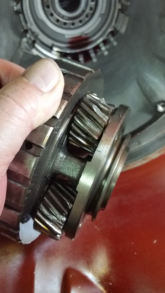This is where the chunks came from, the rear planetary gear set, 4 pinion gear set I am wondering why the HELL these failed.