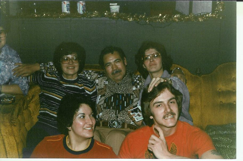 1981 - New Year's Party - Tee, Uncle Mike, Bonnie, Vickie and Gary