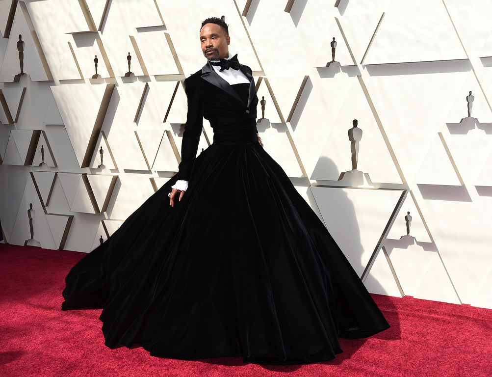 . Billy Porter arrives at the Oscars on Sunday, Feb. 24, 2019, at the Dolby Theatre in Los Angeles. (Photo by Richard Shotwell/Invision/AP)