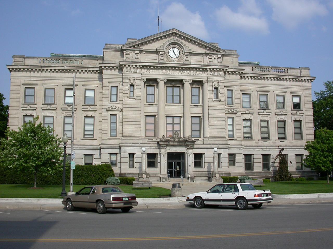 Dekalb County Courthouse, Auburn, Indiana, May 2004.