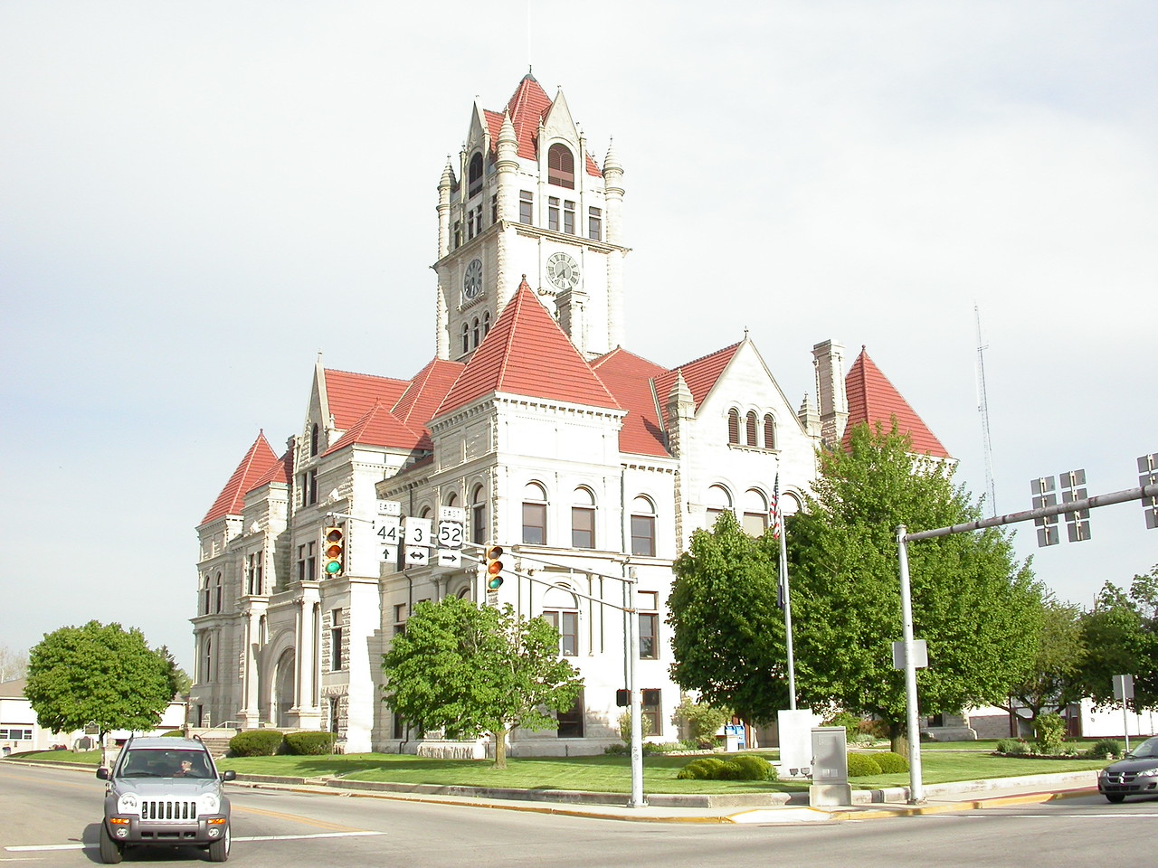 Rush County Courthouse, Rushville, Indiana, May 2004.