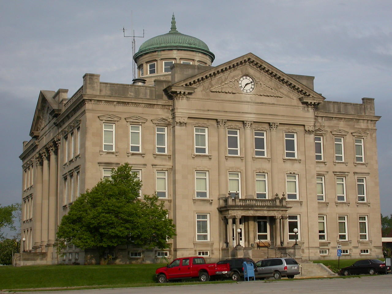 Clay County Courthouse, Brazil, Indiana, May 2004.
