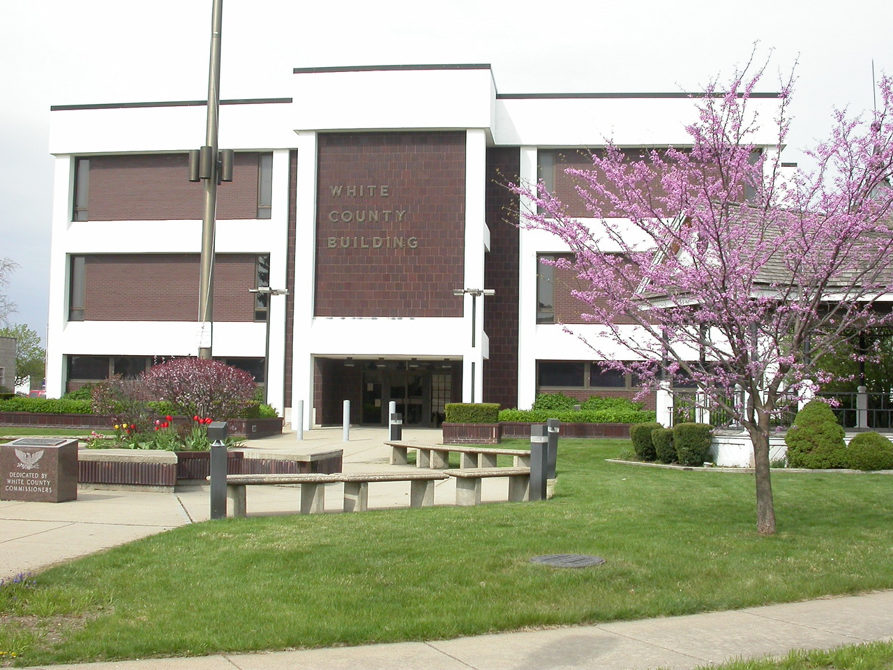 White County Courthouse, Monticello, Indiana, April 2004.  Previous Courthouse was destroyed in the April 3, 1974 tornado.