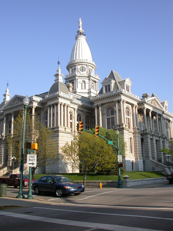 Tippecanoe County Courthouse, Lafayette, Indiana, April 2004.
