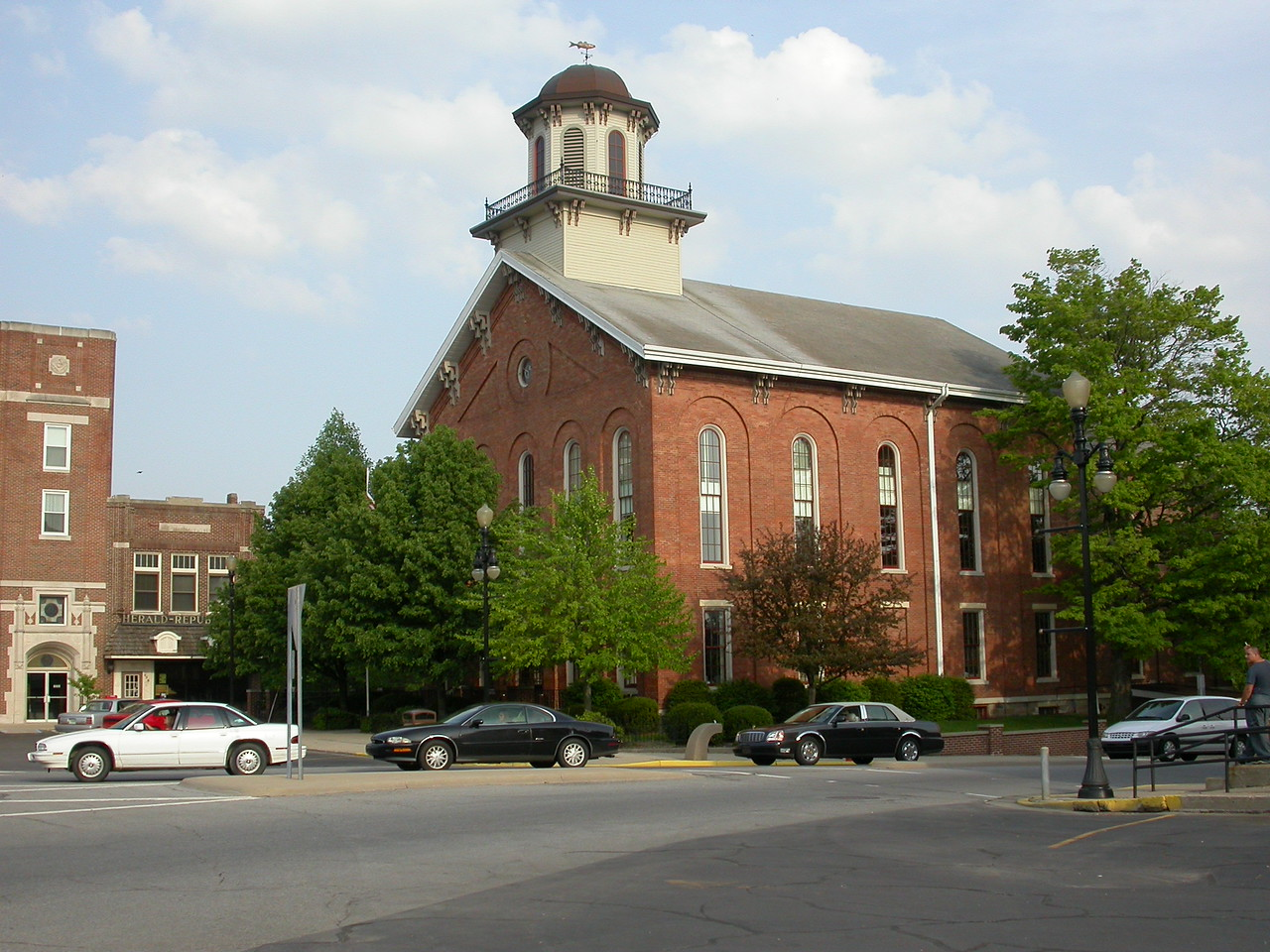 Steuben County Courthouse, Angola, Indiana, May 2004.